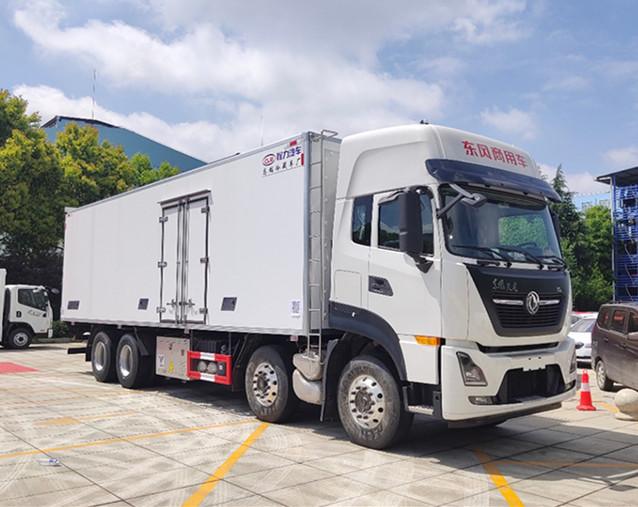 国六东风天龙冷藏车-厢长9.6米