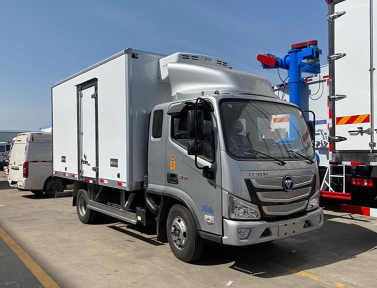 国六福田欧玛可排半冷藏车-厢长3.7米