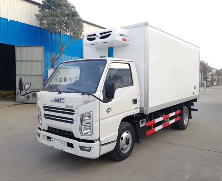国六江铃宽体冷藏车-厢长4.1米